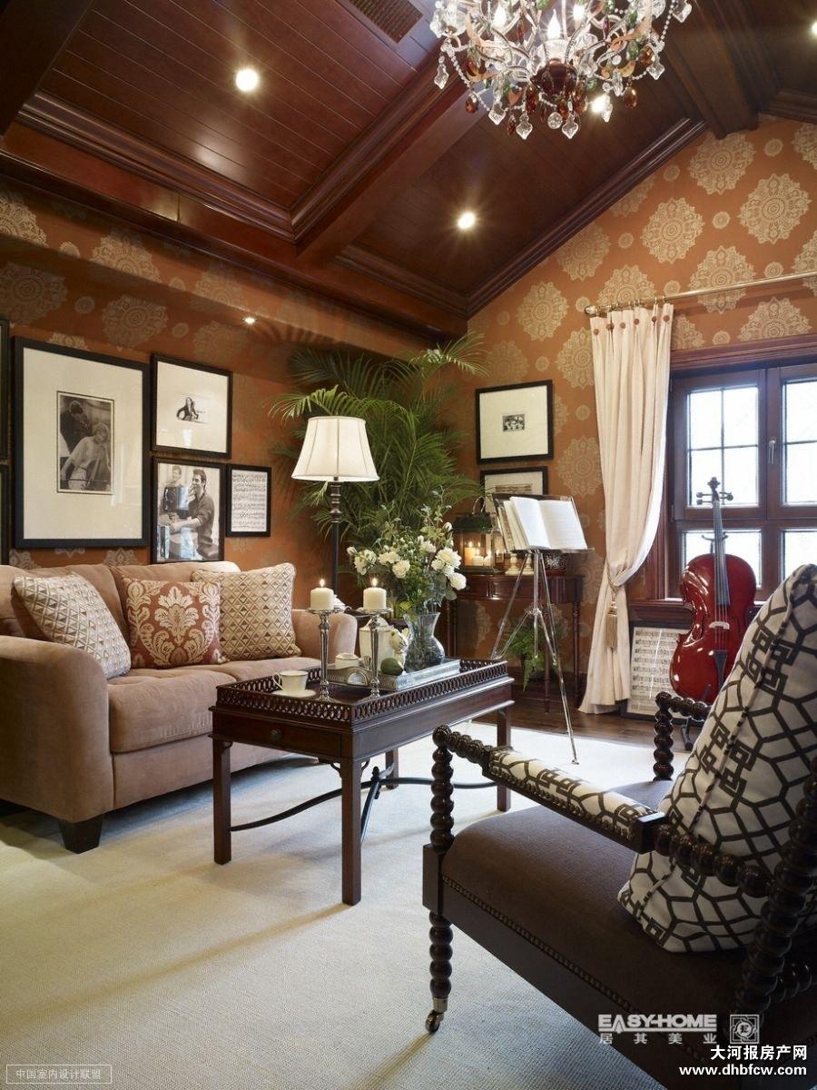 美式风格客厅布沙发照片墙效果图 美式风格恒大样板间客厅装修效
